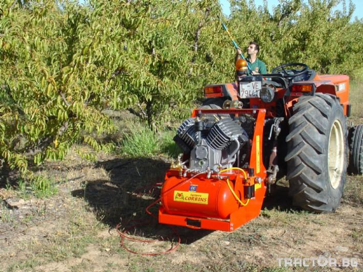 Машини за лозя / овошки Пневматични компресори CORBINS - Испания 1 - Трактор БГ