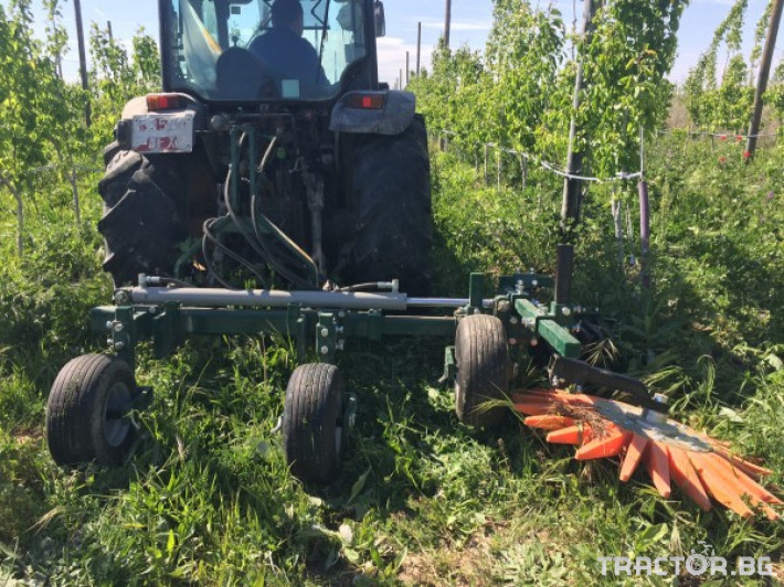 Машини за лозя / овошки Механично плевене на насаждения CORBINS 3 - Трактор БГ
