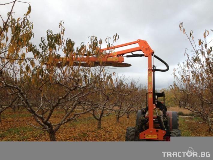 Машини за лозя / овошки Машина за резидба. CORBINS 4 - Трактор БГ